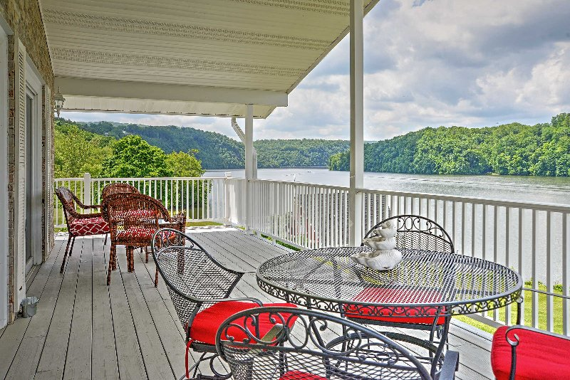 Have the Hiwassee experience of a lifetime when you book this bright vacation rental lake house!