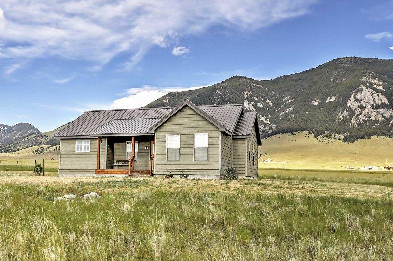 Tener la retirada de Montana por excelencia en esta maravillosa cabaña Ennis!