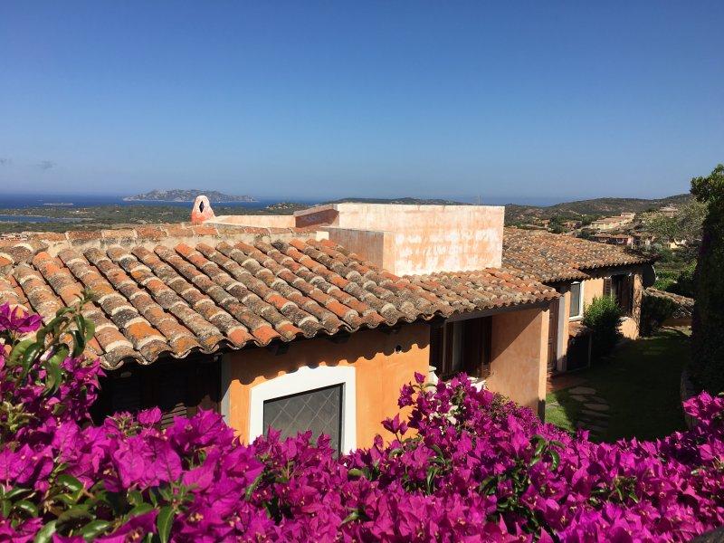 Villa rosa aggiornato al 2019 tripadvisor porto san for Centro divani olbia