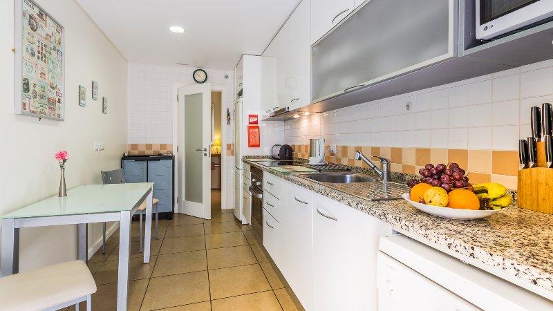 more kitchen photo's