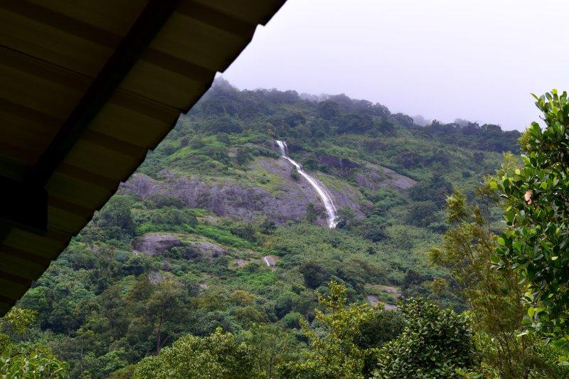 Vista desde la entrada de la cabaña