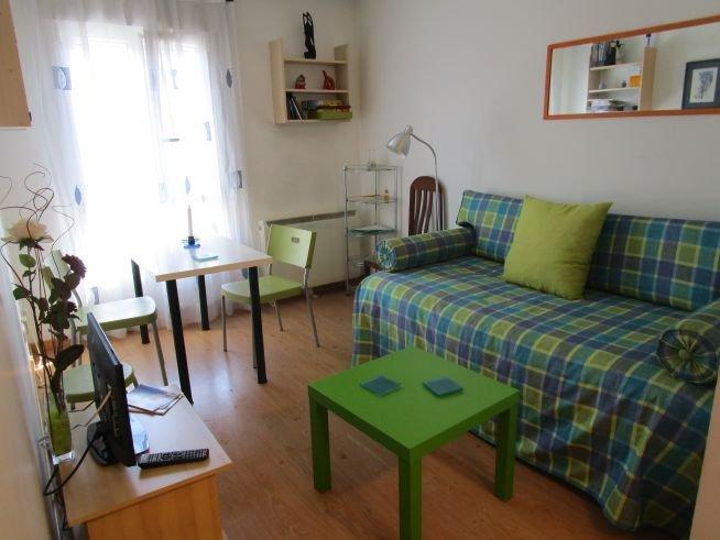 Santiago: apartamento nuevo completamente equipado, holiday rental in Touro