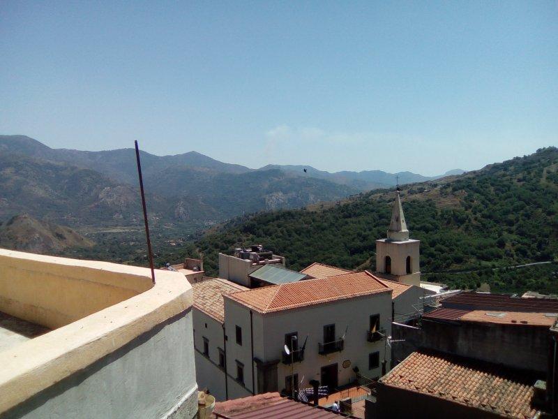 Casa Vacanza borgo antico, holiday rental in Solicchiata