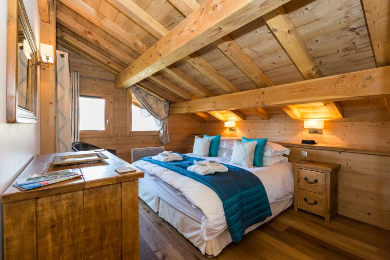 Chalet APASSION - Luxury Chalet, Samoëns, France, vacation rental in Grand Massif