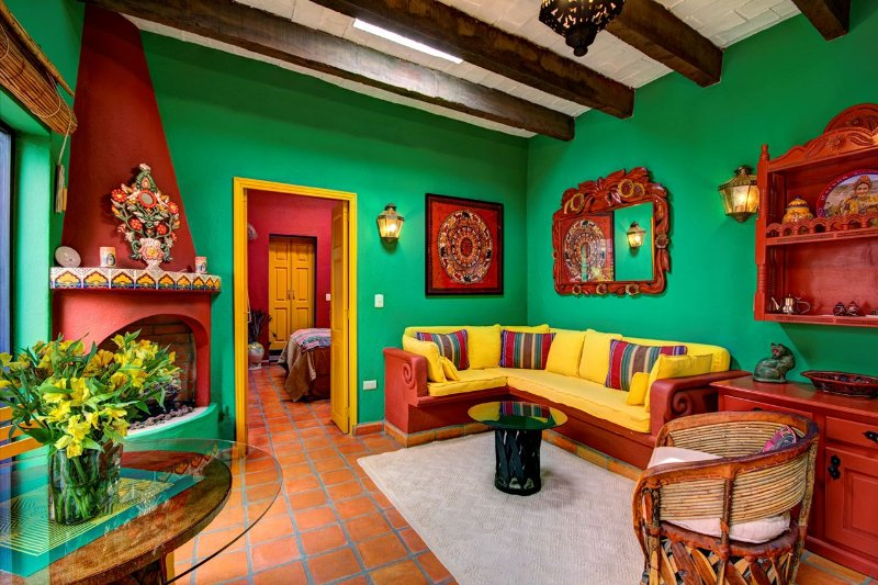 Colourful One Bedroom Casita in Historic Center