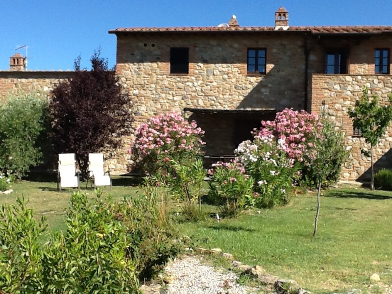 Apartment near San Gimignano, location de vacances à San Gimignano