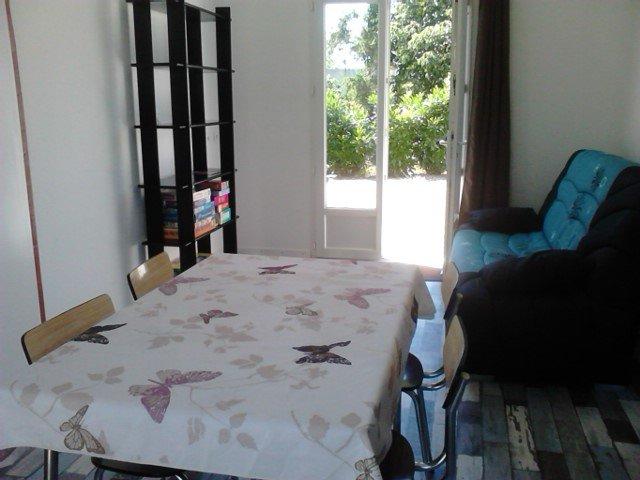 Maison Jardin La Rochelle au calme, holiday rental in Chaille-les-Marais