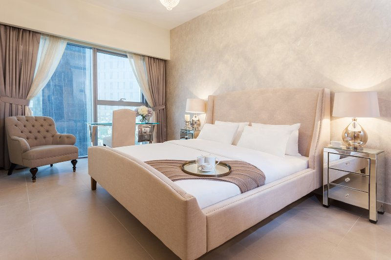 12-41, Luxurious 1 Bed Apartment DIFC, holiday rental in Dubai