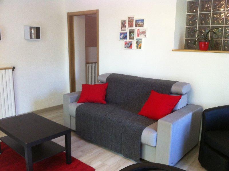 Appartement tout confort court séjour, holiday rental in Neufchateau