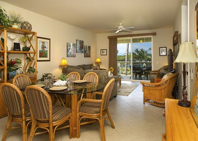 Fairway Villas Waikoloa O21 - 2 Bedroom 2 Bath Villa, Close to Beach!!, holiday rental in Kohala Coast