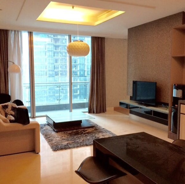 Luxurious 1BR apt in SCBD area, vakantiewoning in Jakarta