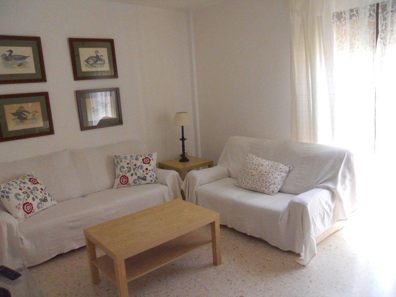 Duplex máx.6 pers.Marina de la Bahía.Ideal familia, holiday rental in Puerto Real
