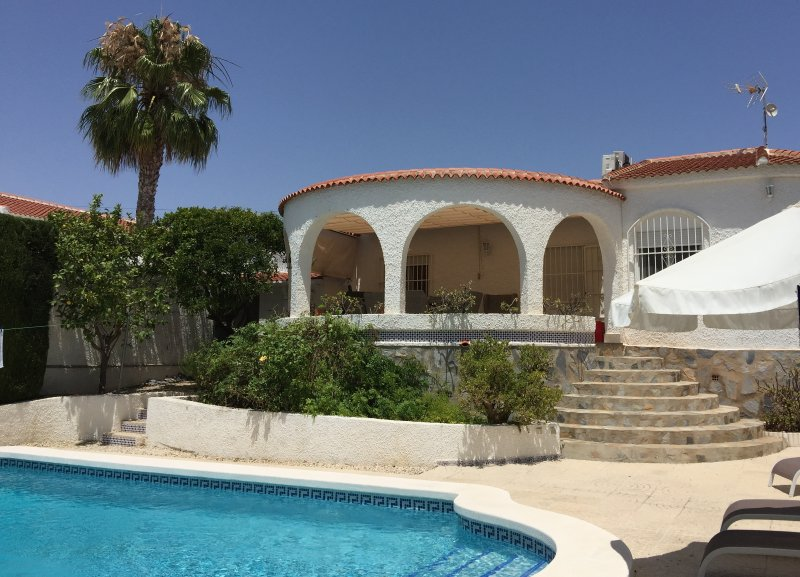 Villa Bonita - Poolside
