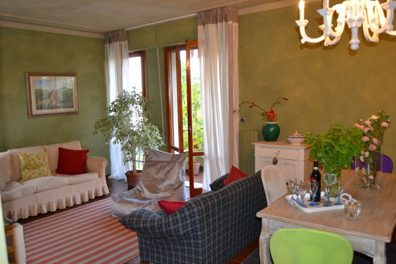 Ottima posizione a Montecatini Terme, holiday rental in Montecatini Terme