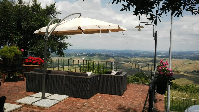 Astounding Tuscany - The best views in Tuscany, holiday rental in Rivalto