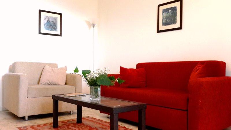 Suite 2 BR Comfotable Living Area