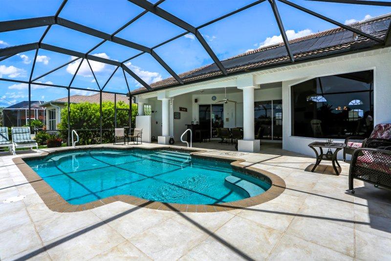 Villa Messina - gorgeous pool area