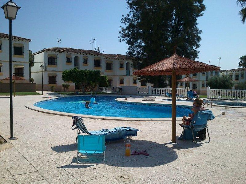 Appartement aux pieds de la piscine, vacation rental in San Miguel de Salinas