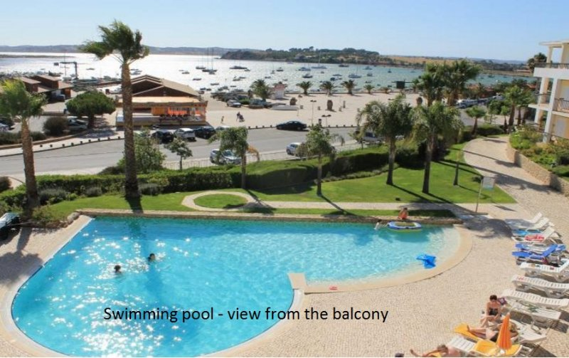 Clube Alvor Ria 2 Bedroom Apartment - Prime location - Harbour and Sea vues, location de vacances à Alvor