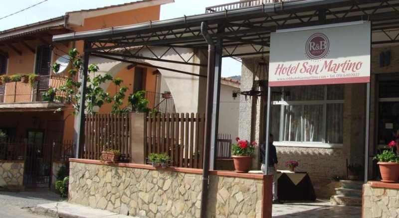 R & B hotel, holiday rental in Pioppo