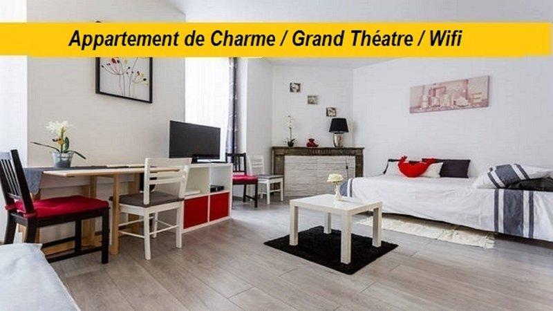 Appart Hyper Centre , Rue Courbin, Bordeaux *****, aluguéis de temporada em Cenon