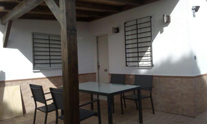 Apartamento El Palmar, a 500 m de la playa, con WiFi y Aire Acondicionado., alquiler vacacional en El Palmar