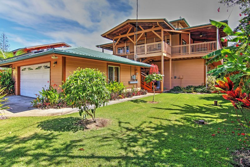 You'll love the tropical surroundings of this Kapoho vacation rental house.