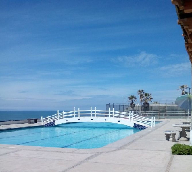Rosarito Mexico Beach House Rentals: Beach House With Spectacular Views Has Cable/satellite TV