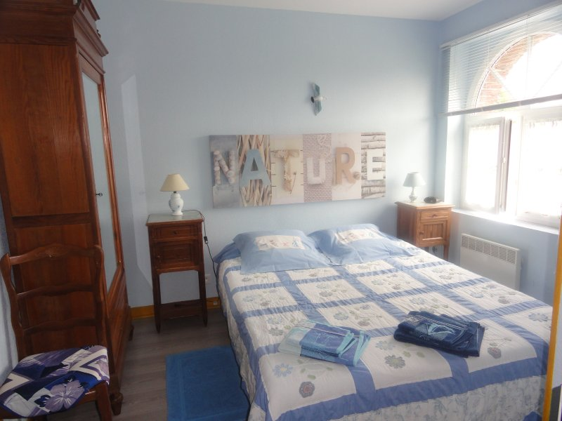 chambre 'les hortensias' grand lit 160x200