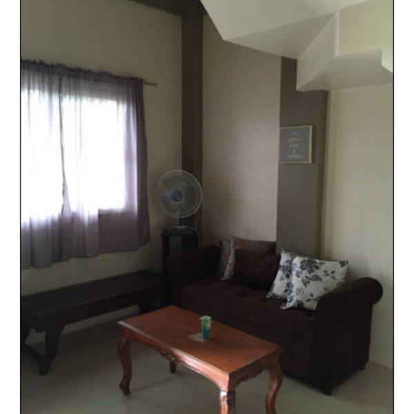Cozy 2bedroom apartment, holiday rental in Badoc