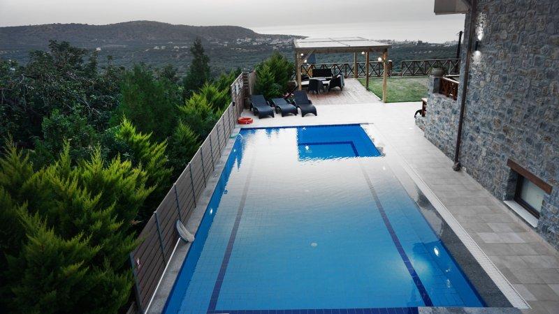 piscina aquecida (a partir de outubro a maio)