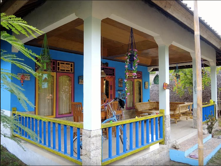 ROOM 4 RENT N 2 - Shared House AC FAN WIFI KITCHEN, holiday rental in Gili Air