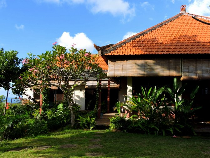 Villa Sarah Nafi, North Bali seaview hill villa!, vacation rental in Munduk