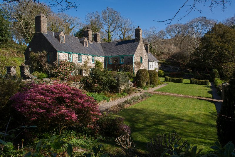 This delightful house is situated amongst 2000 acres of private woodands