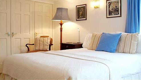 The George Inn Thoralby Double Room 2, vacation rental in West Burton