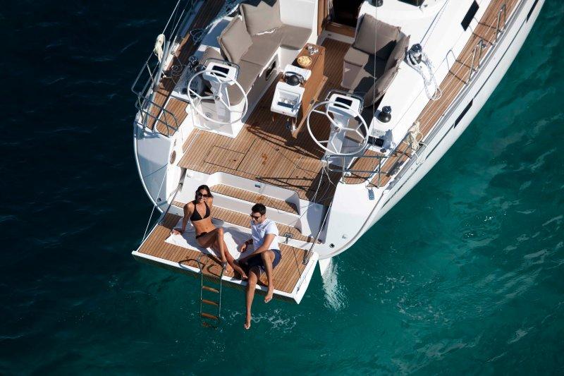 Yacht for rent Bavaria Cruiser 51, holiday rental in Paleo Faliro