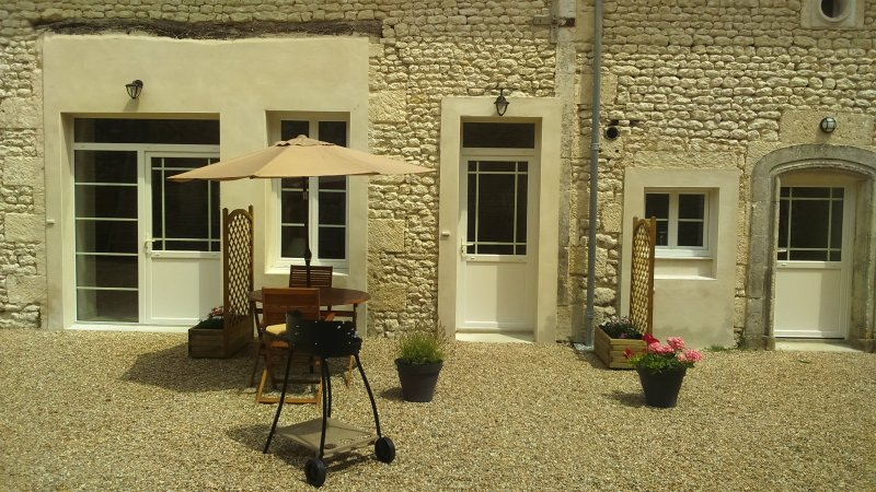 Front of Myosotis with BBQ and dining area