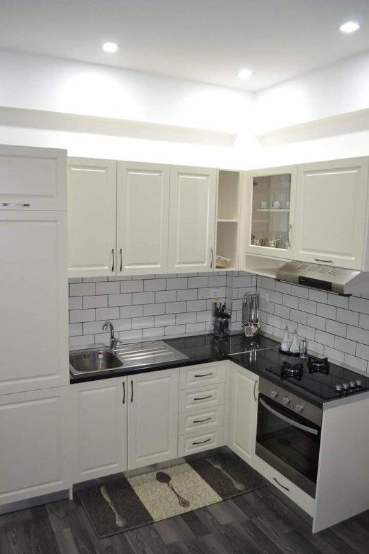 Apt 9, kitchen