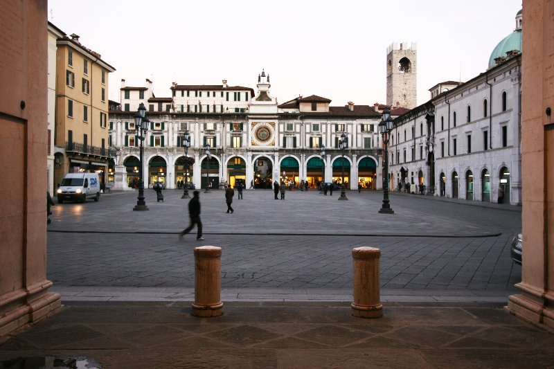historic city of Brescia 30' by car or train