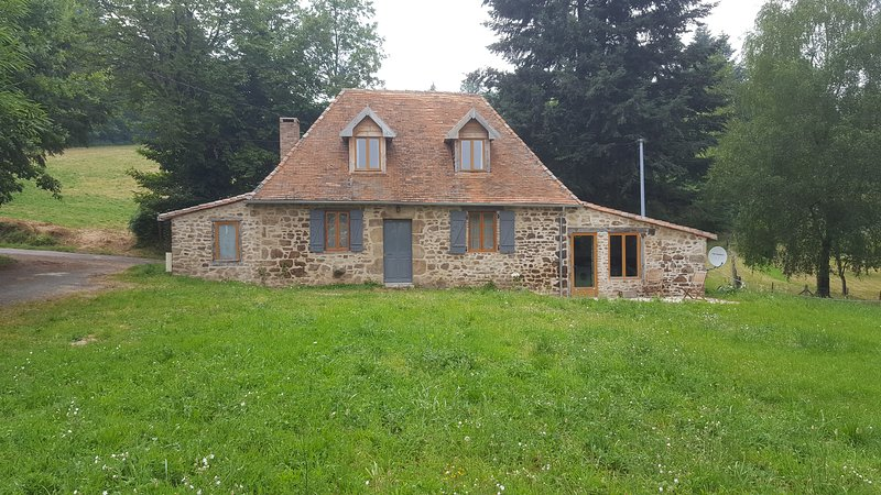 French cottage, vacation rental in Pageas