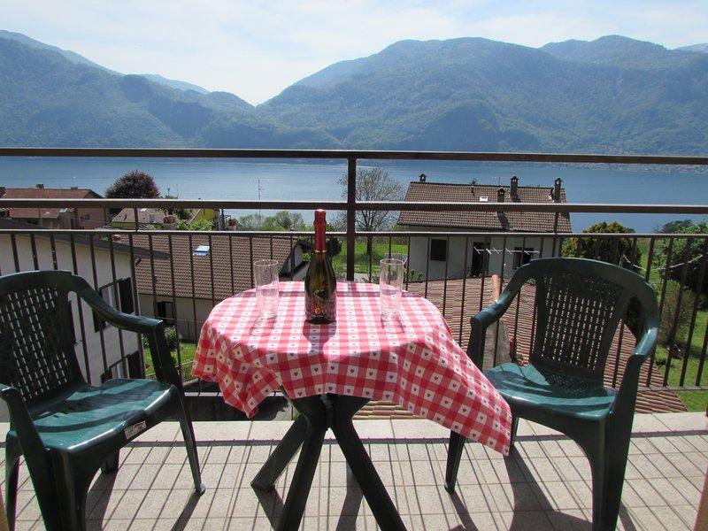 appartamento girasole, location de vacances à Lecco
