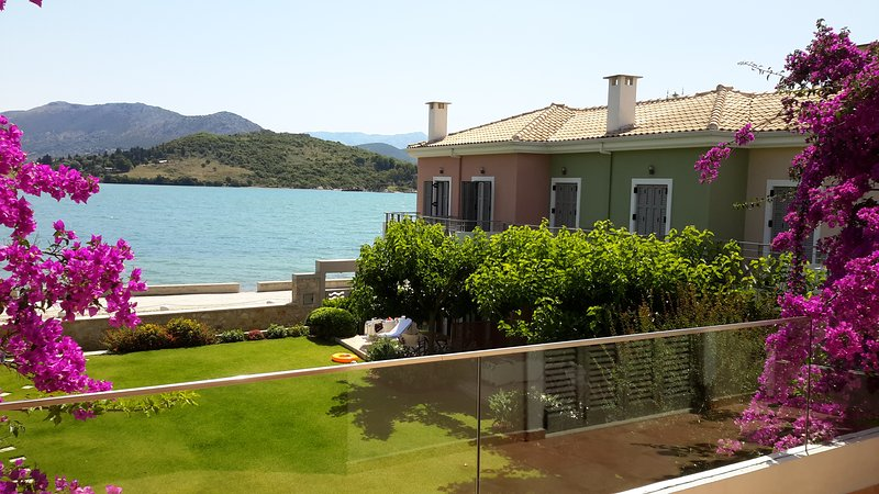 Seafront ThalassaMare  villa, holiday rental in Lefkada