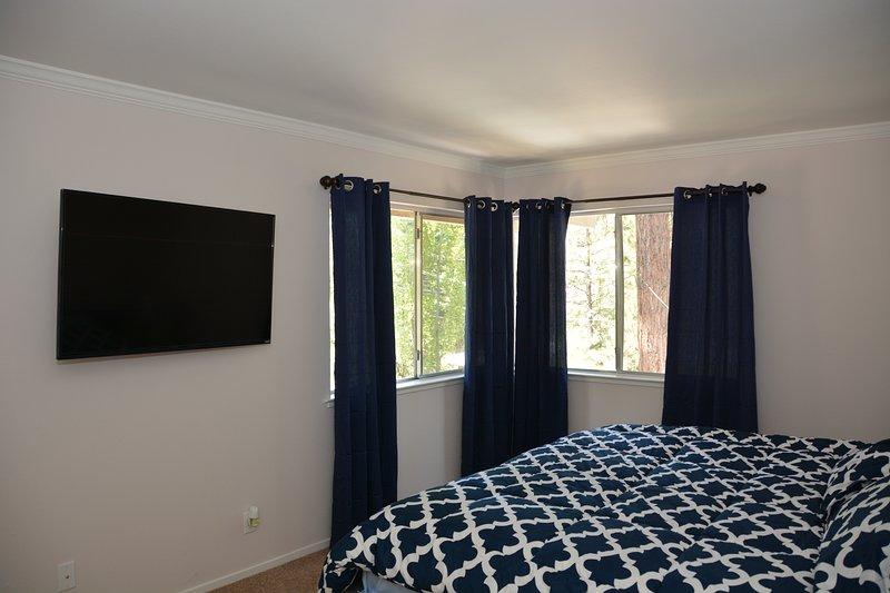 """Dormitorio principal - Cama King - 50 """"TV"""