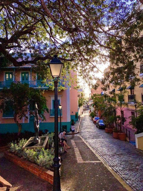 Vivez une expérience inoubliable au cœur de la vieille ville. Villa Romantica.
