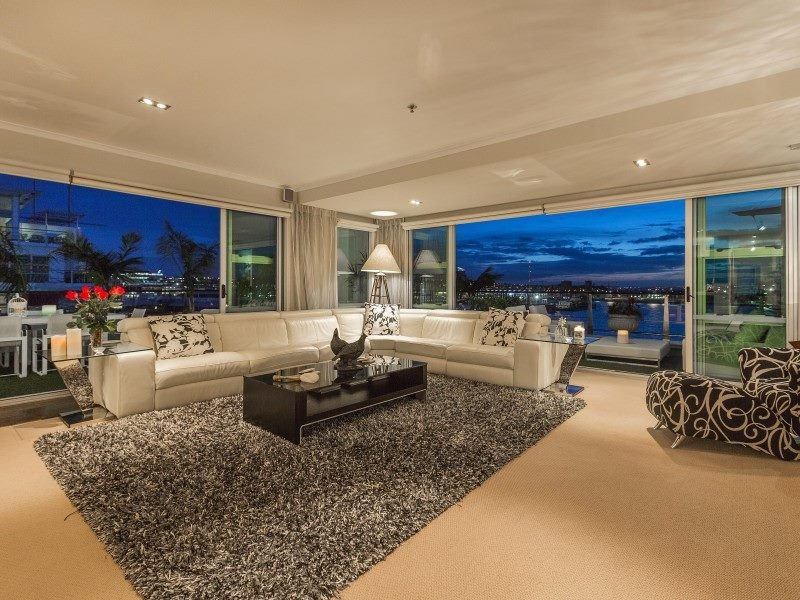 LUXURY WATERFRONT APARTMENT, holiday rental in Auckland Central