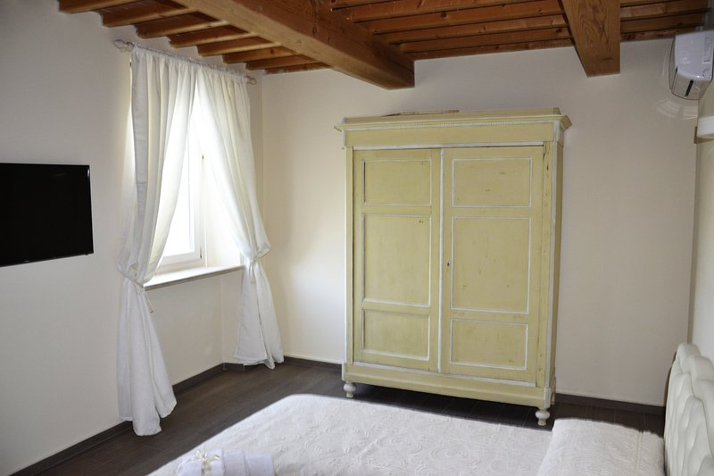 particularly lacquered cabinet 800 shabby chic style