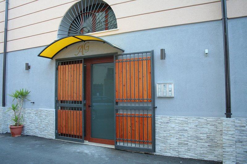 of 3 floor building entrance