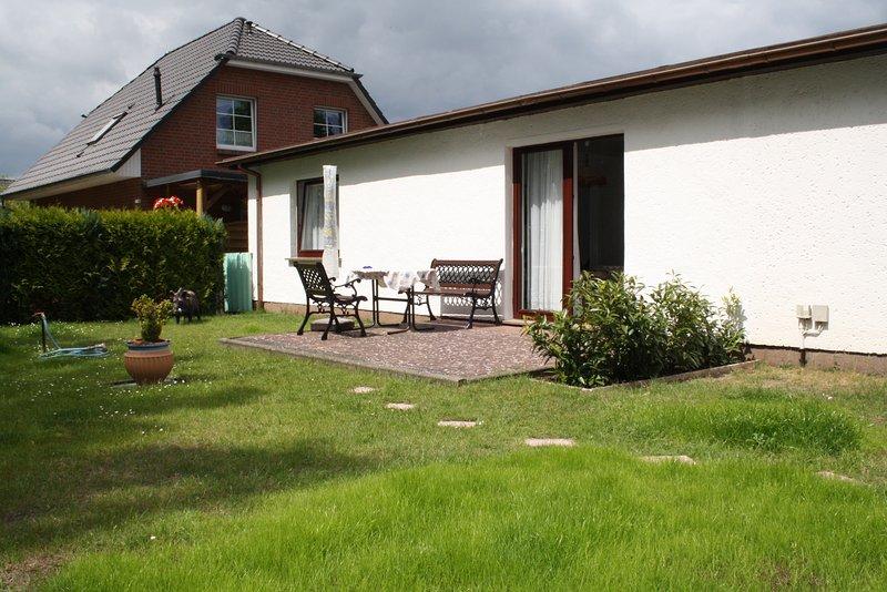 Ferienwohnung mit Garten, location de vacances à Koserow