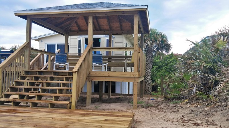 Your own private gazebo yields shade, a spectacular ocean view and refreshing ocean breezes