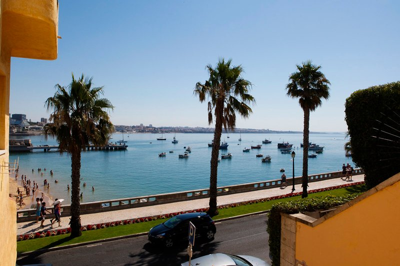 Cascais Bay just 2 minutes walking distance from the apartment